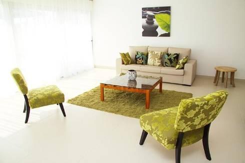 Villas Rocha 1: Salas de estar ecléticas por Atelier  Ana Leonor Rocha