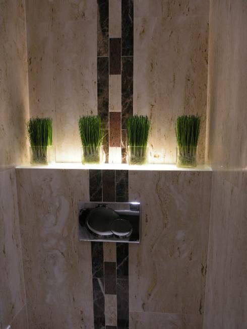 Apartamento Olhos de àgua 2004: Casas de banho modernas por Atelier  Ana Leonor Rocha