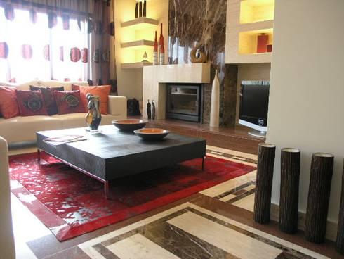 Apartamento Olhos de àgua 2004: Salas de estar modernas por Atelier  Ana Leonor Rocha
