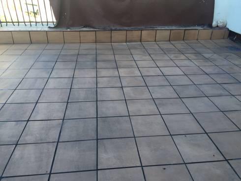 Solado en terrazas lechada negra de fecofer proyectos y reformas homify - Suelos de terraza ...