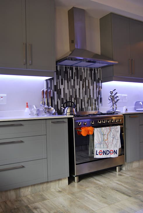 Project : Jackson: modern Kitchen by Capital Kitchens cc