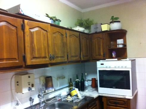 Antes FC 2: Cozinha  por Cozicentro Lda