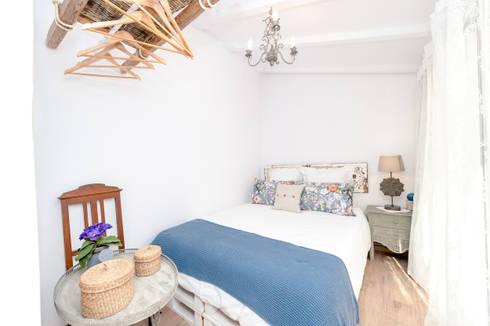 Um apartamento com um toque descontraído de campo em plena cidade.: Quartos campestres por alma portuguesa