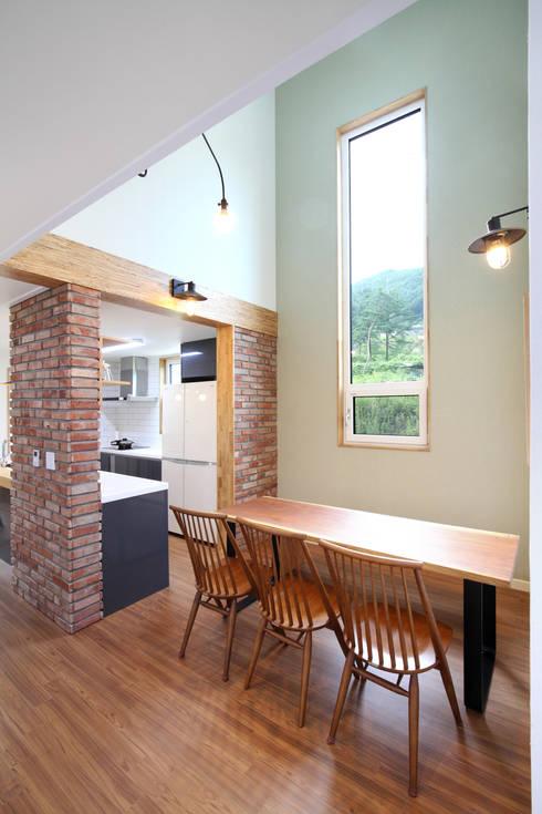 ห้องทานข้าว by 주택설계전문 디자인그룹 홈스타일토토