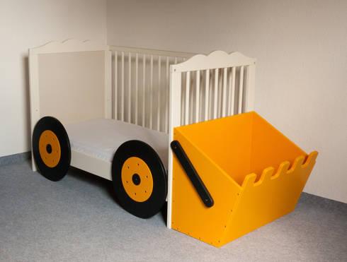 Kinderbett baggerbett  Anbauset Bagger - Kinderbett wird zum Baggerbett von Kanaholz | homify
