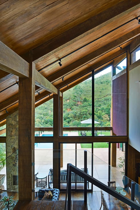Ventanas de estilo  por David Guerra Arquitetura e Interiores