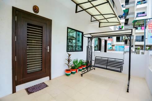 Main Door: modern Houses by ZEAL Arch Designs