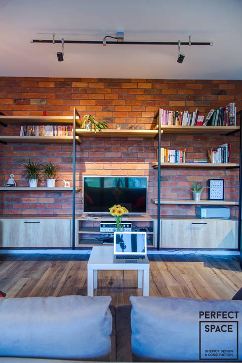 Ruang Keluarga by Perfect Space