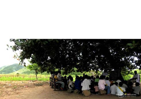 Biblioteca para Escola de Impire — em Impire, Cabo Delgado, Mozambique.:   por Esfera de Imagens Lda