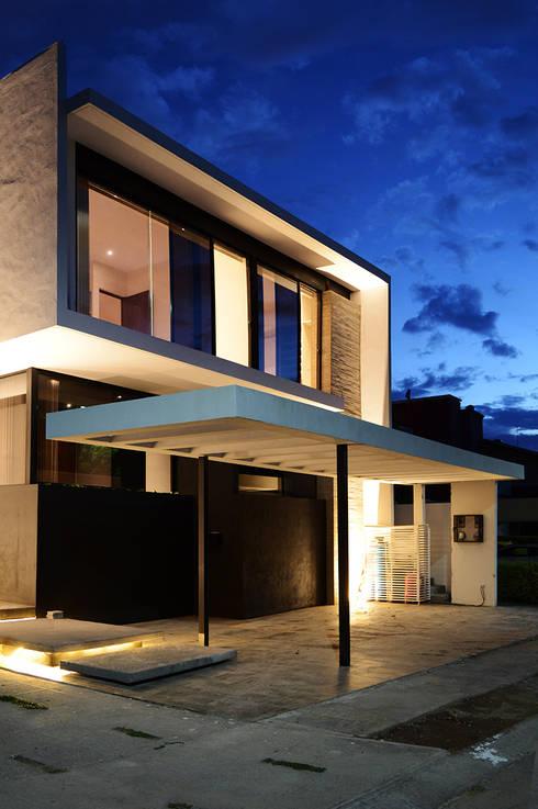 casaNE: Casas de estilo moderno por BAG arquitectura