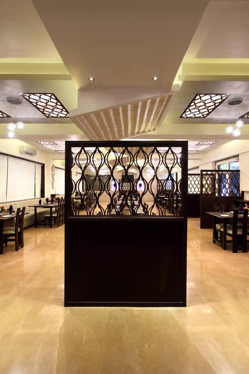 Sigdi, Vasana Road, Vadodara:  Hotels by SS Designs
