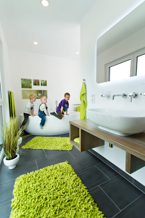 modern Bathroom by STREIF Haus GmbH