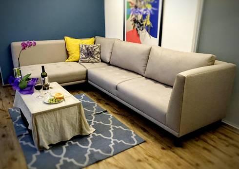 Sala entregada en el domicilio del cliente.: Salas de estilo moderno por Estilo en muebles