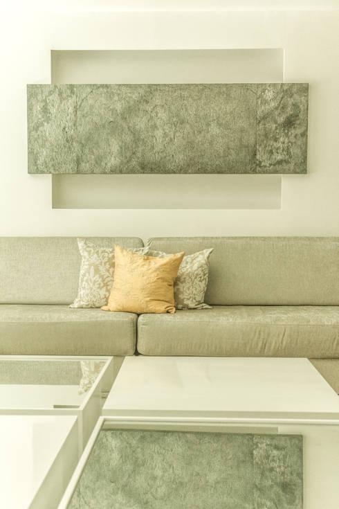 Proyecto Sala: Salas de estilo moderno por Monica Saravia