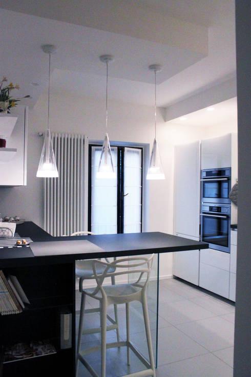 Cocinas de estilo  por SuMisura