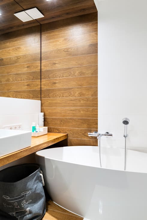 Bathroom by RedCubeDesign