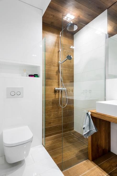 scandinavian Bathroom by RedCubeDesign
