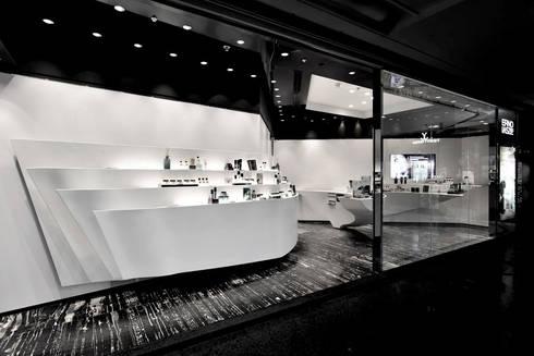 Erno Laszlo:  Commercial Spaces by FAK3