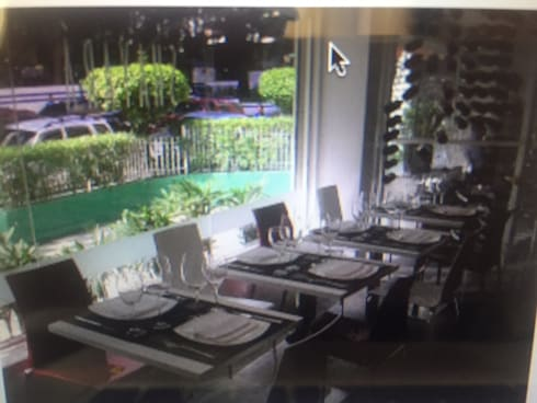 Proyectos de Restaurantes en Caracas: Comedores de estilo moderno por THE muebles