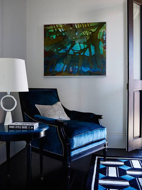 GRANGE X GREG NATALE COLLECTION: Salas de estilo moderno por Grange México