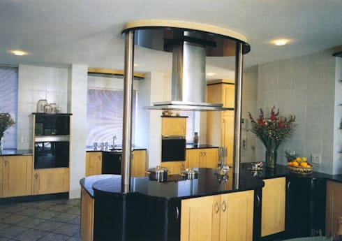 Structural & Interior Architecture Projects: eclectic Kitchen by CKW Lifestyle