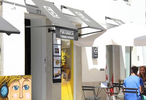 Exterior da loja: Lojas e espaços comerciais  por GRAU.ZERO Arquitectura