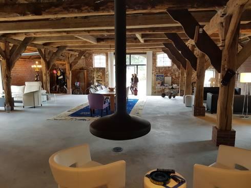 bauernhaus umbau modernisierung von ronald kirsch planungsgesellschaft homify. Black Bedroom Furniture Sets. Home Design Ideas
