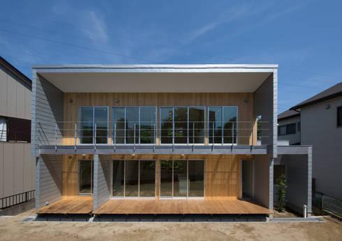 南側外観: アトリエ24一級建築士事務所が手掛けた家です。