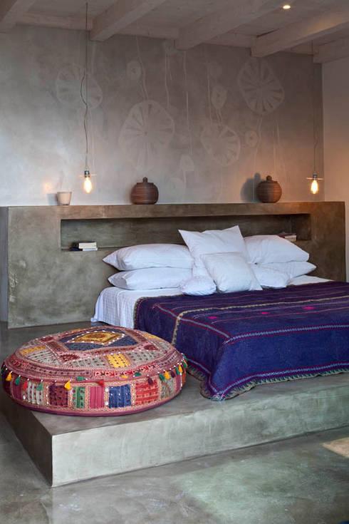 Dormitorios de estilo  por Personal Factory