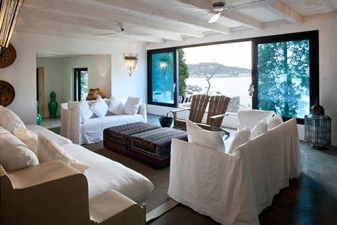 Villa in Grecia di Personal Factory | homify