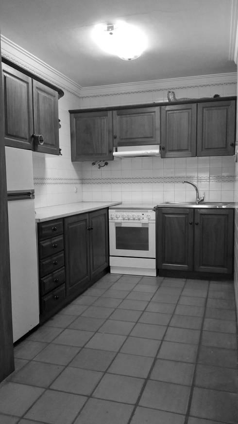 Cozinha:   por Tiago do Vale Arquitectos