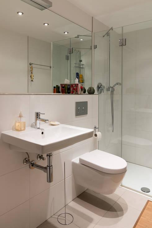 Ванные комнаты в . Автор – WSM ARCHITEKTEN