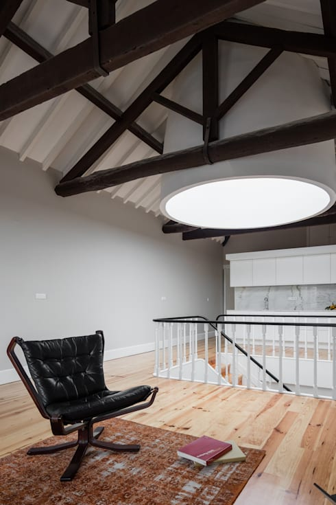 Sala de estar: Salas de estar  por Pedro Ferreira Architecture Studio Lda
