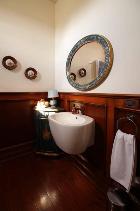 Bathroom by studioSAL_14