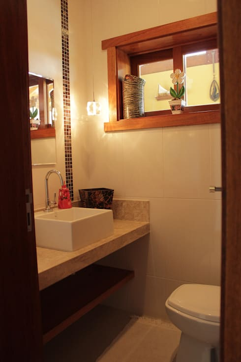 rustic Bathroom by canatelli arquitetura e design
