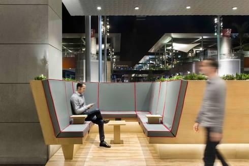 Commercial Spaces by Egue y Seta