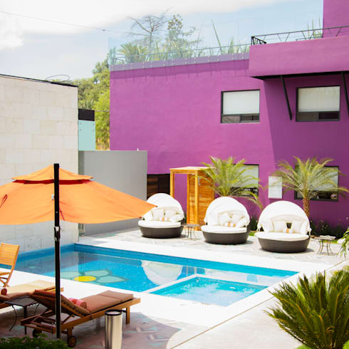 AREA ALBERCA, LA MORADA HOTEL BOUTIQUE & SPA, TEPOTZOTLÁN.: Hoteles de estilo  por rave arch