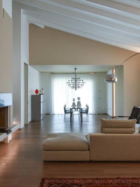 Projekty,  Salon zaprojektowane przez Claude Petarlin