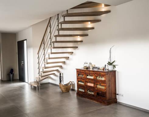 escalier autoporteur epura par passion bois homify. Black Bedroom Furniture Sets. Home Design Ideas