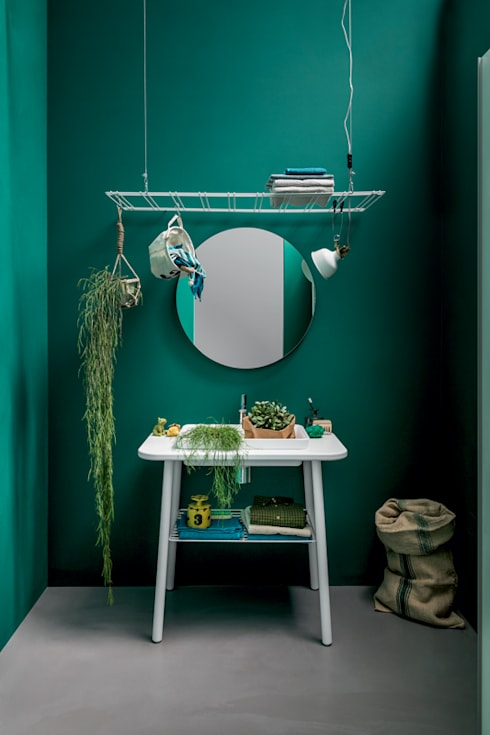 Acqua e sapone: Bagno in stile in stile Moderno di BIREX