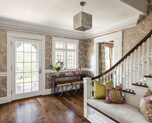 Foyer:  Corridor & hallway by Clean Design
