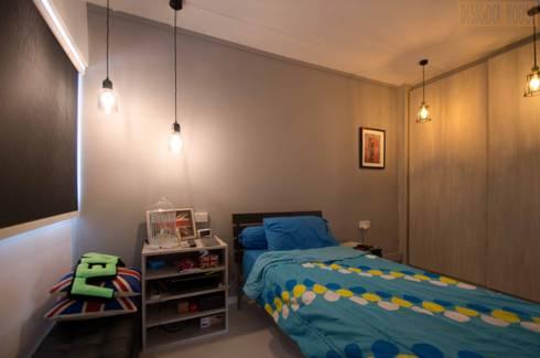 Potong Pasir Renovation: minimalistic Bedroom by Designer House