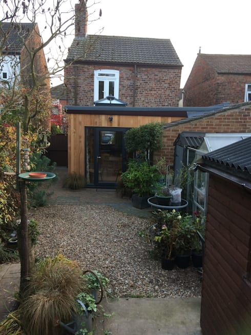 Single storey rear extension Boston Lincs:   by JMAD Architecture (previously known as Jenny McIntee Architectural Design)