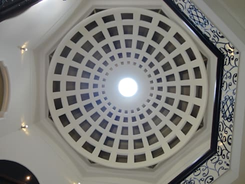 Cúpula Central: Pasillos y recibidores de estilo  por arketipo-taller de arquitectura
