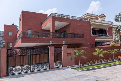 classic Houses by Vijay Kapur Designs
