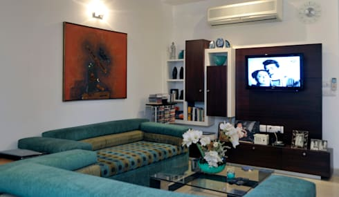 classic Living room by Vijay Kapur Designs