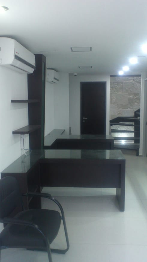 AREA ADMON: Estudios y oficinas de estilo moderno por DISEÑO APLICADO AVANZADO DE GUADALAJARA 2