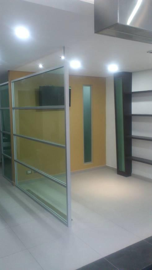 VENTAS: Estudios y oficinas de estilo moderno por DISEÑO APLICADO AVANZADO DE GUADALAJARA 2
