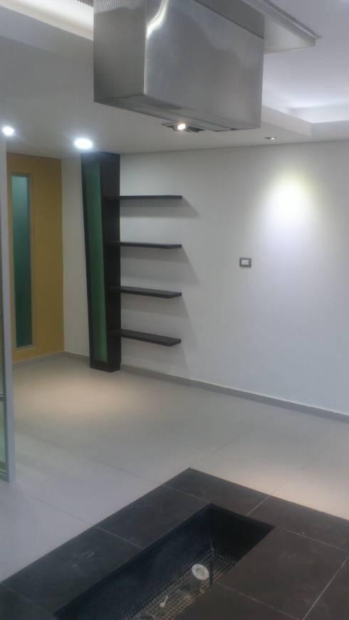 VENTAS : Estudios y oficinas de estilo moderno por DISEÑO APLICADO AVANZADO DE GUADALAJARA 2