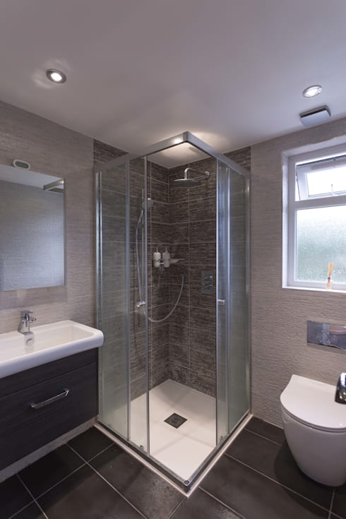 Modern Bathroom: modern Bathroom by The Market Design & Build